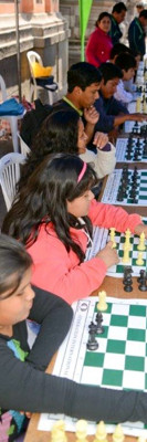 Chess, a global game. Public training in Lima (Peru)